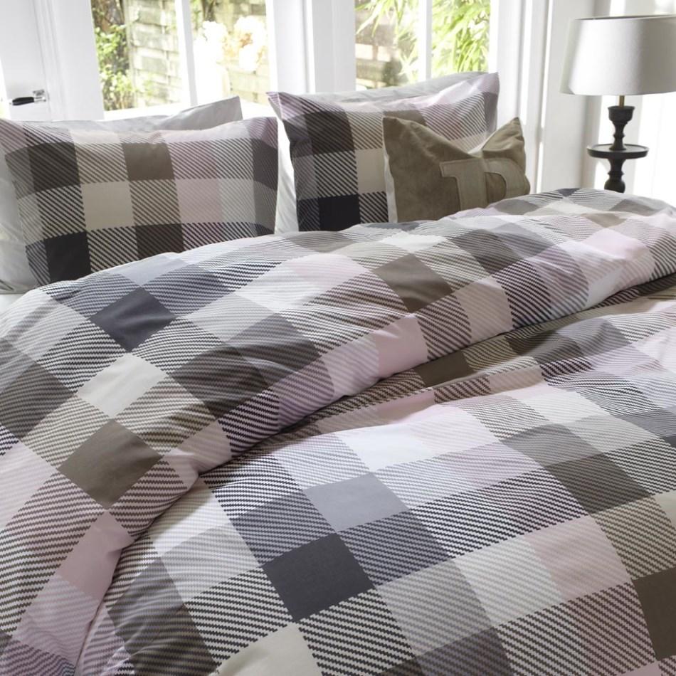 dekbedovertrek adelaide soft pink beddinghouse aanbieding. Black Bedroom Furniture Sets. Home Design Ideas