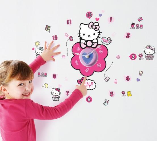 Hello Kitty Klok met Stickers